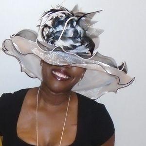 Black & White Ladies Kentucky Derby Hat
